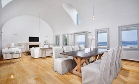 Akrotiri Private Residence