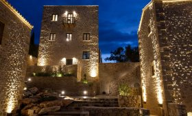 Alistos Hotel (Incl. Auto)