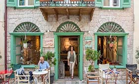 Amymone & Adiandi Hotel