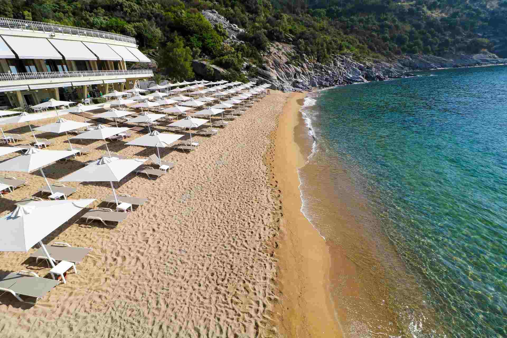 Bomo Tosca Beach Kavala