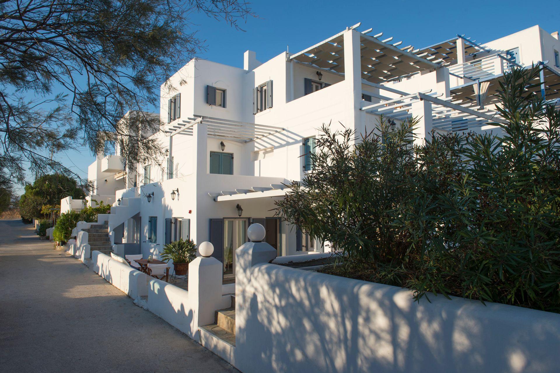 Cleopatra Homes Paros