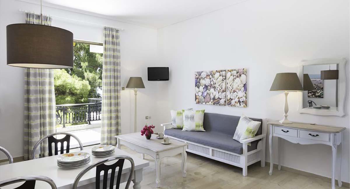 Douka Apartments