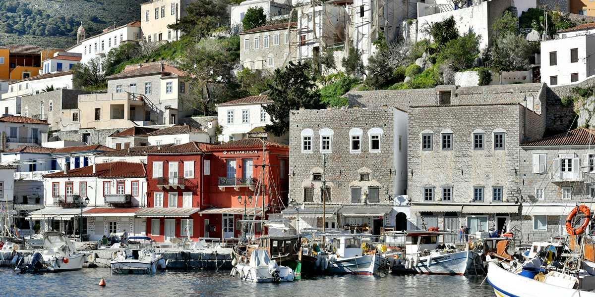 Douskos Port House Hydra