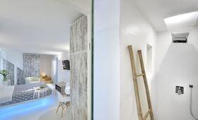 Elegant Villas & Suites