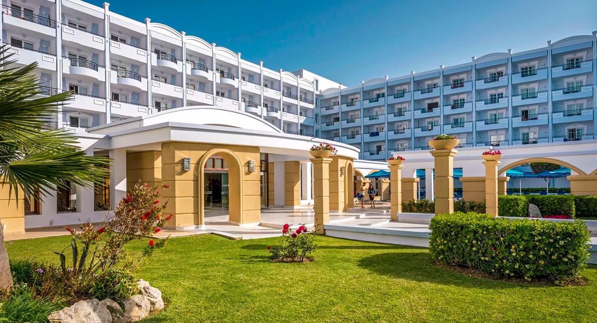 Grand Hotel Beach Hotel