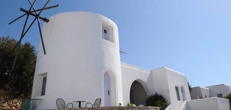 Haraki Traditional Houses Folegandros
