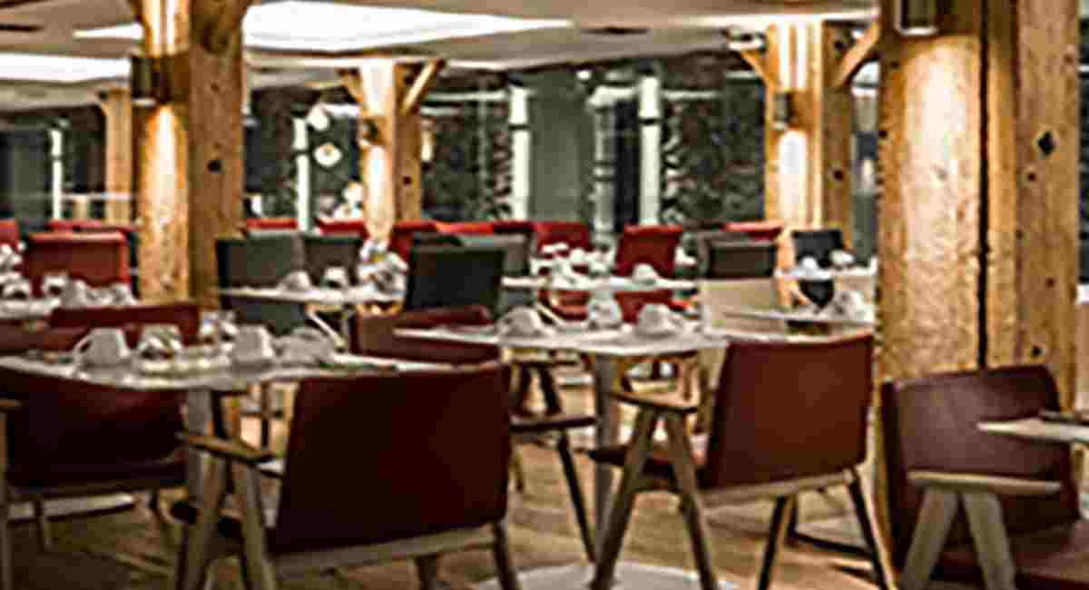 Hydrama Grand Hotel (incl. auto)