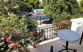 Kalydna Island Hotel