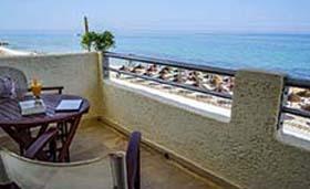 Kokoni Beach Hotel (incl. auto)