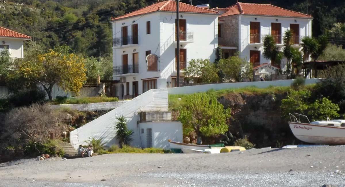 Myrtoo Studios Kyparissi