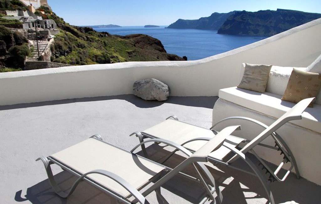 Oia Mare Villas Santorini