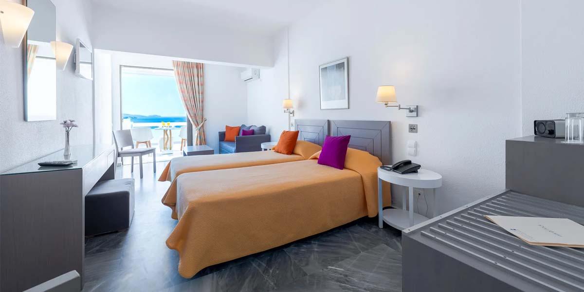 Perrakis hotel Andros
