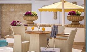 Petit Palais Beach Hotel