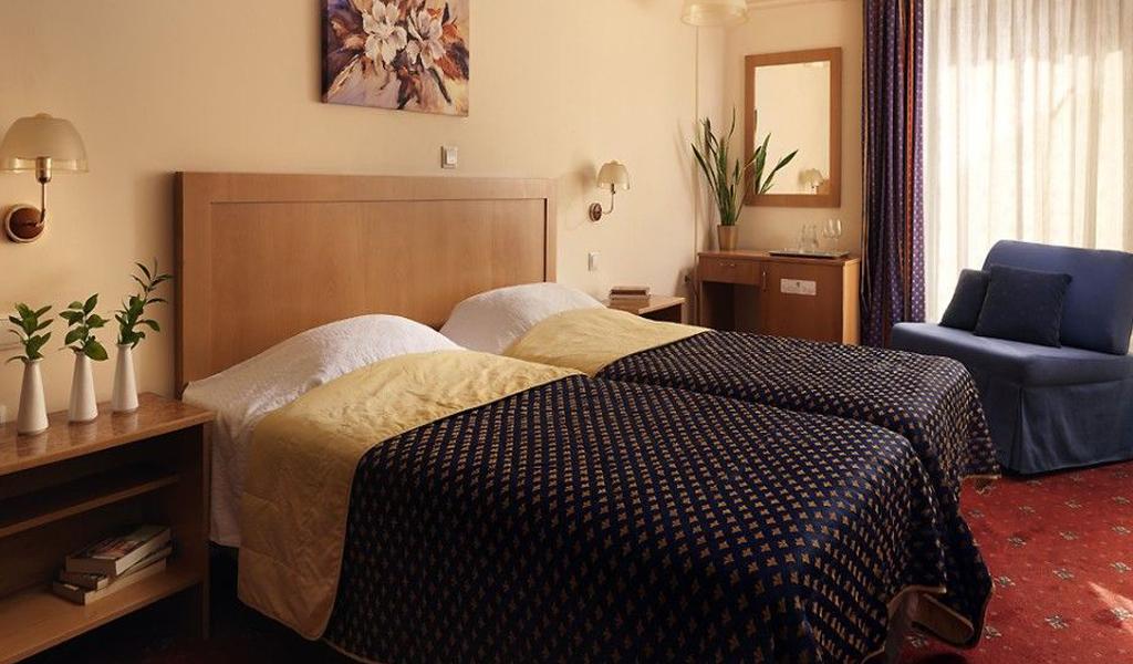 Savoy Hotel Piraeus