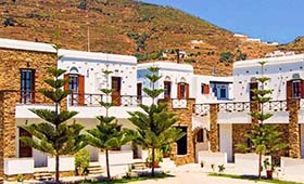 Tinos Suites apartments