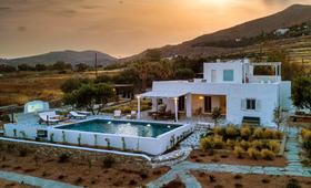 Villa BE Paros