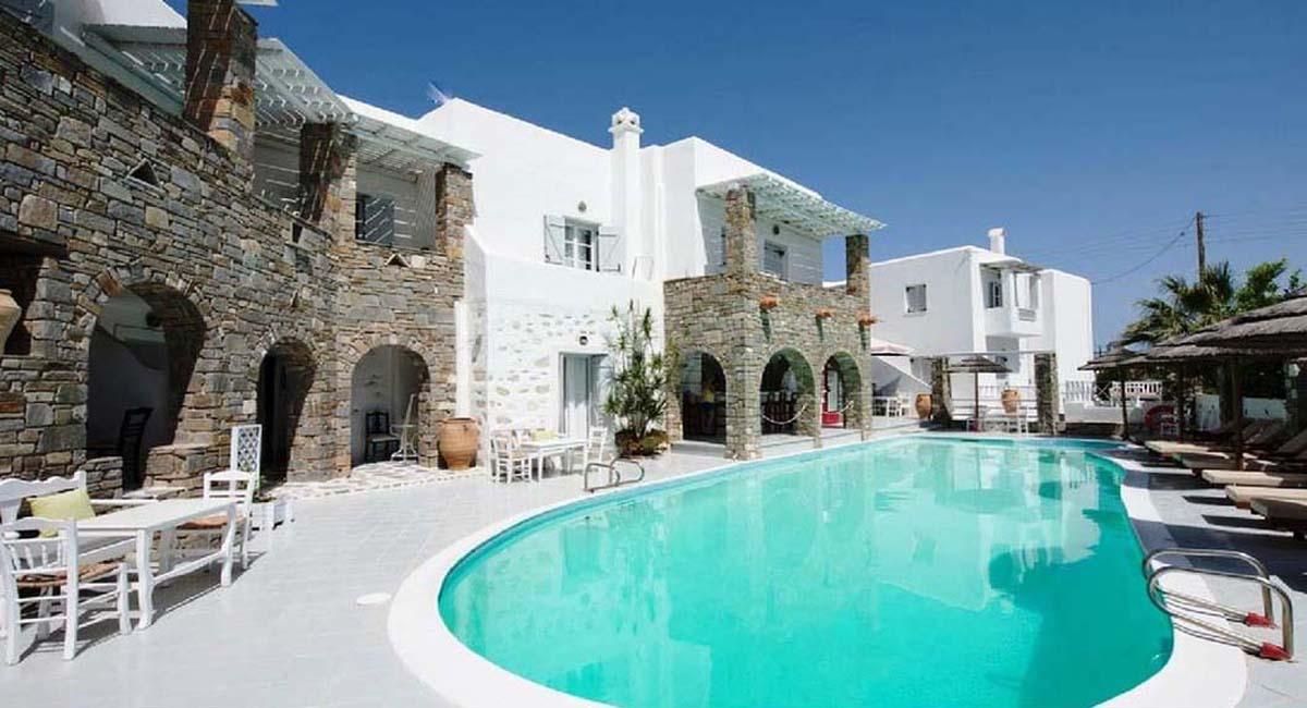 Zefi Hotel Naousa Paros